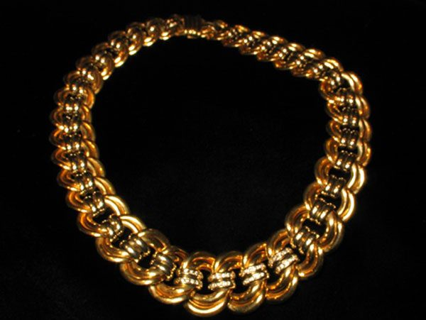 List of Synonyms and Antonyms of the Word italian gold jewelry